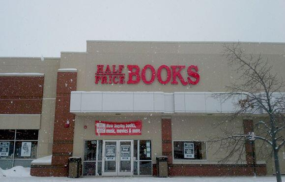 HALF PRICE BOOKS - Half Price Books da tarjetas de regalo gratis a los n...