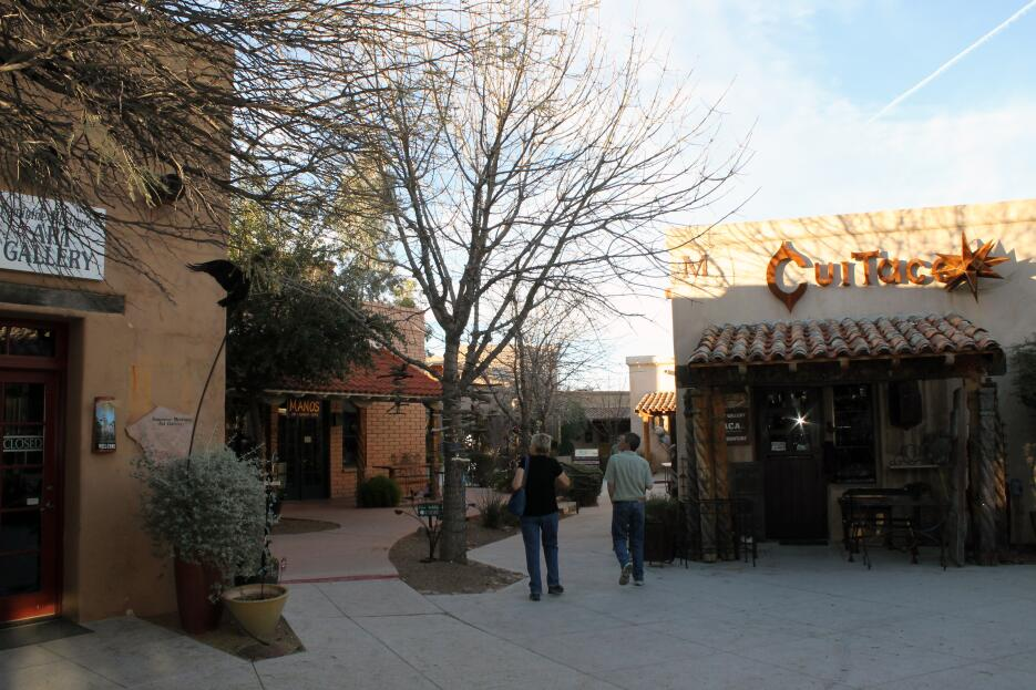 Un pueblo fronterizo de Arizona con un legado de historia y paraiso para...