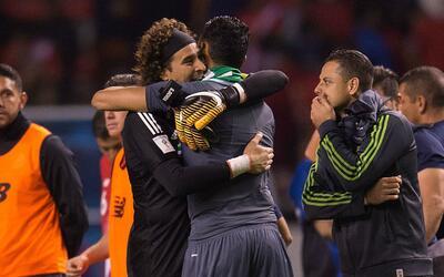 Keylor Navas aseguró que Guillermo Ochoa es un orgullo para México y Con...