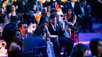 Exclusiva: las fotos de Maluma y su novia (beso incluido) en Premio Lo Nuestro