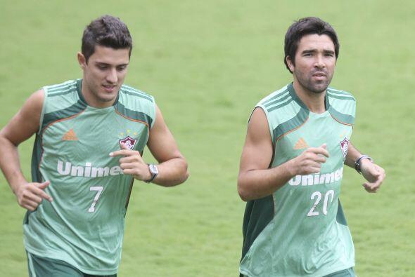 Marquinho y Deco entrenando juntitos bajo el sol carioca, Deco tuvo un 2...