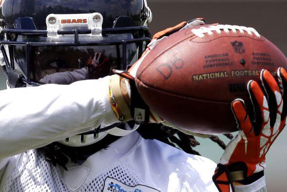 #74 Tim Jennings, Chicago Bears (AP-NFL).