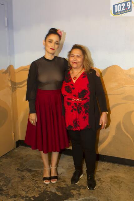 Una noche con Julieta Venegas y 102.9 Más Variedad Julieta Venengas-4.jpg