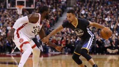 Stephen Curry y Golden State siguen en plan grande.