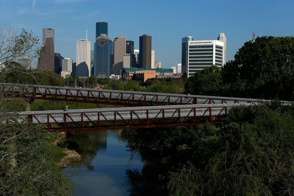 El área metropolitana de Houston concentra una población de 575,000 indo...