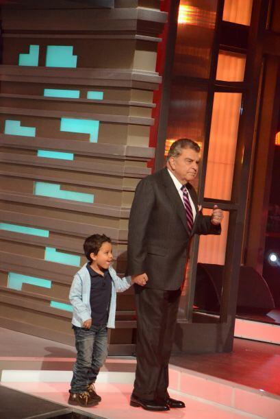 Don Francisco la felicitó por su actuación y le presentó a Javiercito.