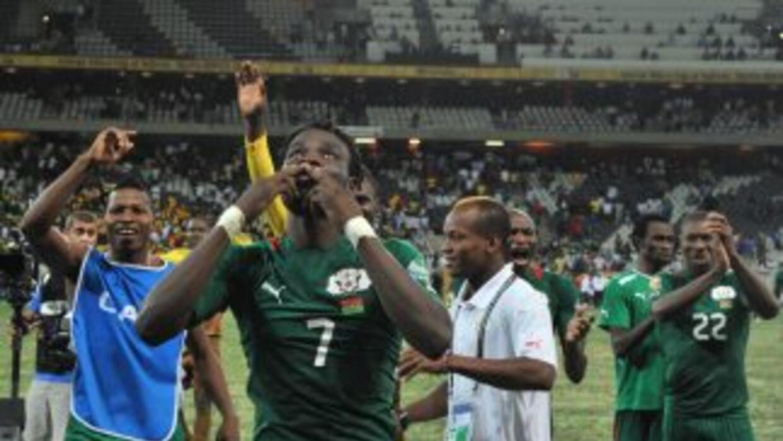 Burkina Faso sufrió para avanzar a la final del torneo, en la que se med...