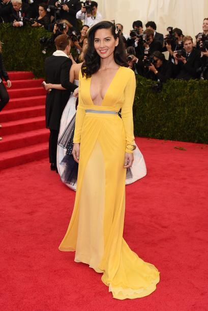 El vestido de Olivia Munn nos pareció sencillo pero muy lindo, aunque no...