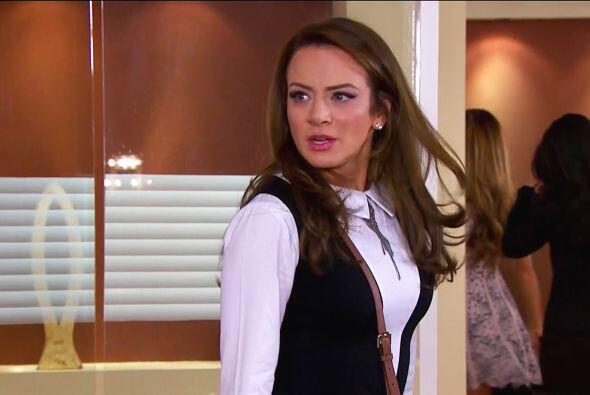 Pero no te rindas Ana, tarde o temprano Fernando abrirá los ojos...