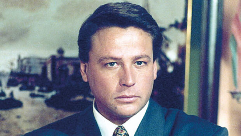 Accidente De Actores De Televisa >> La trayectoria de Alfredo Adame dentro de las telenovelas - Univision