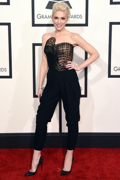Gwen Stefani no tuvo que enseñar mucho para llamar nuestra atenci...