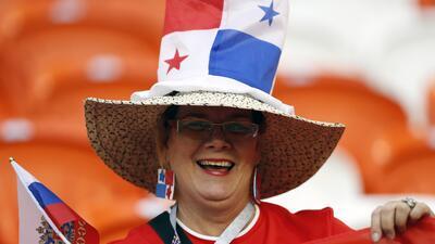 En fotos: con orgullo y pasión Panamá y Túnez dan color a Mordovia Arena