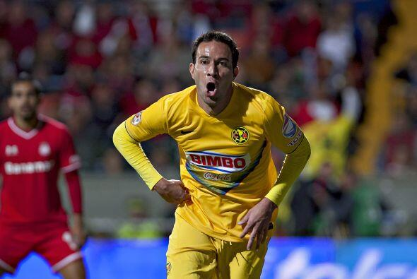 Al minuto 33, las Águilas se pusieron en ventaja con el gol de Luis Gabr...