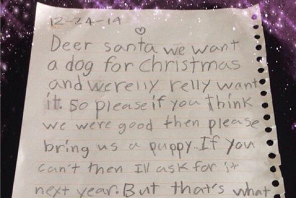 """En su carta a Santa, las hijas de Karla escribieron: """"Querido Santa, nos..."""