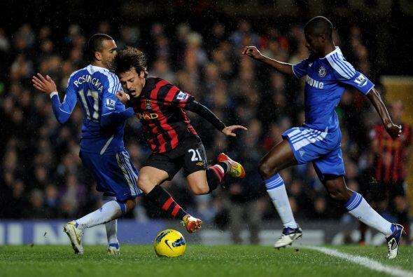 La fecha 15 de la Liga Premier inglesa cerró con un duelo de pote...