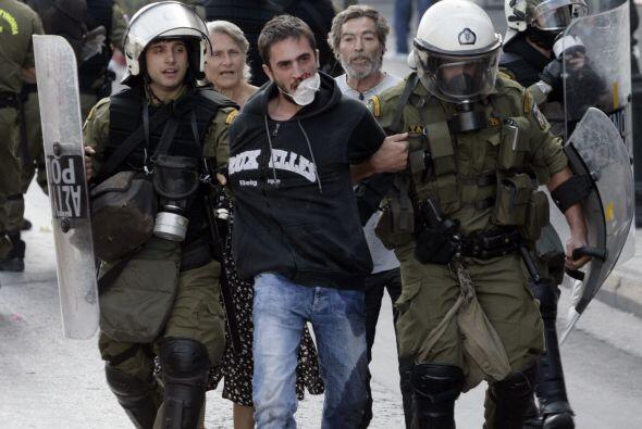 La segunda huelga general que paraliza en tres semanas Grecia, sumida en...