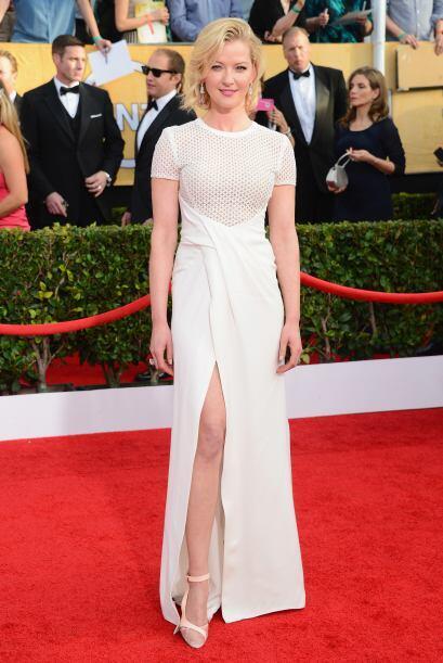 ¿Qué opinan del vestido de Gretchen Mol? Nosotros creemos que el detalle...