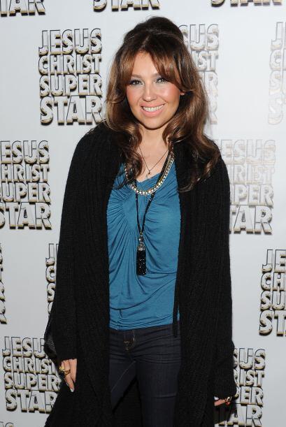 THALÍA- Esta hermosa actriz y cantante mexicana, sólo en el cuidado de s...