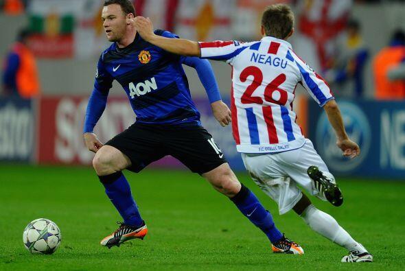 El 'niño malo' inglés, Rooney, se puso el equipo al hombro y comandó tod...