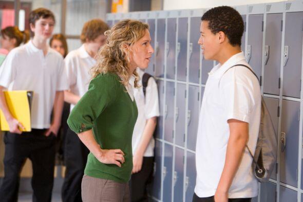 Entre 2011 y 2012, un total de 3,45 millones de estudiantes fueron suspe...