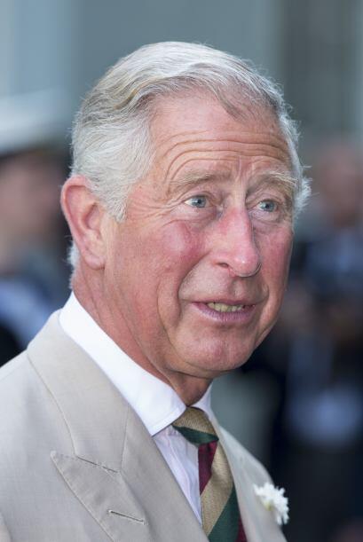 Carlos de Gales: Es el hijo mayor de la reina Isabel II y el heredero de...