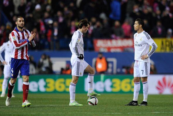 Real Madrid comenzó a desesperarse con un equipo que ciuerra muy bien lo...