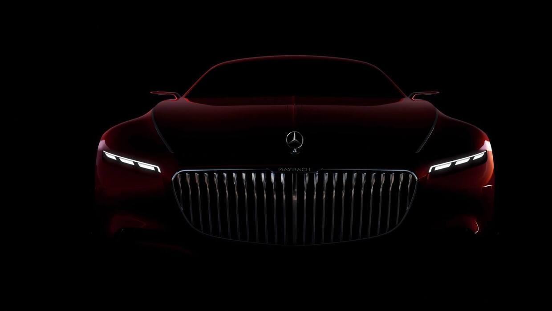 En esta frontal del Vision Mercedes-Maybach 6, en la cual podemos ver do...