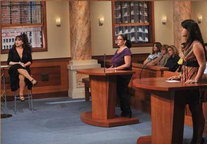 La puertorriqueña Iris Chacón dio su opinión en dos casos de Veredicto F...