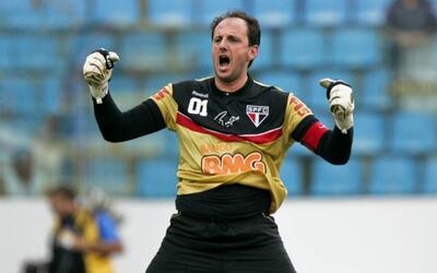 El Sao Paulo le mete presión al Corinthians en la liga brasileña f11232d...
