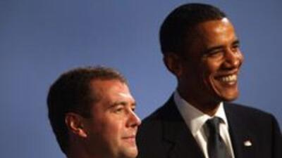 Obama y Medvedev debatirán en Copenhague sobre desarme nuclear dd98afee1...