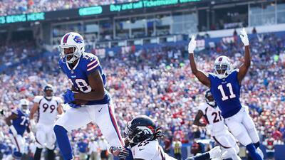 El equoipo de Buffalo apagó el buen inicio de los Broncos en la campaña.