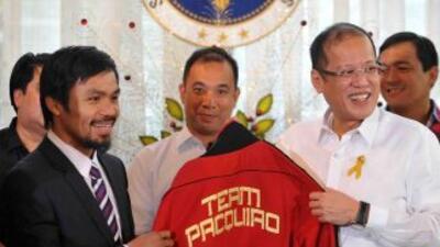 Manny Pacquiao convivió con el presidente filipino Benigno Aquino antes...