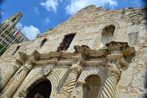 El Álamo  en San Antonio debe su nombre a un árbol de madera blanda, que...