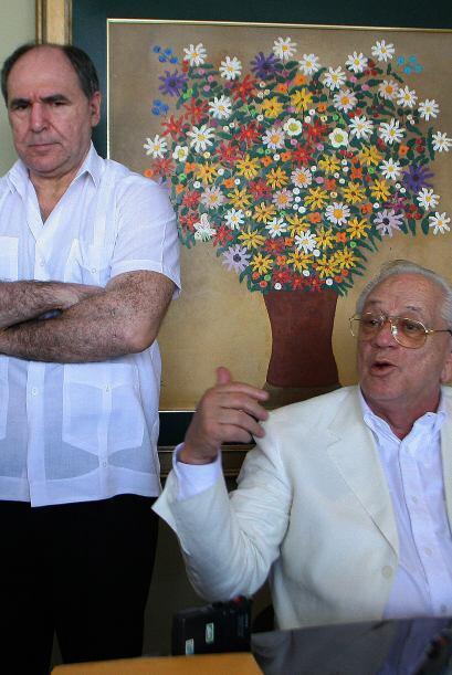 Fue sustituído brevemente por las vicepresidenta Rasalía Arteaga, hasta...