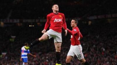 Wayne Rooney celebra su gol ante el Reading.