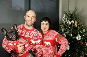 Cuando tu amigo, te diga que 'todos' en casa disfrutan la navidad, es po...