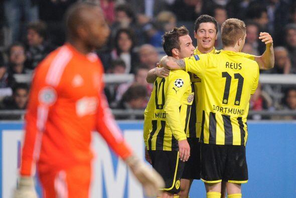 Borussia Dortmund es el líder del sector D y venció como visitante al Aj...
