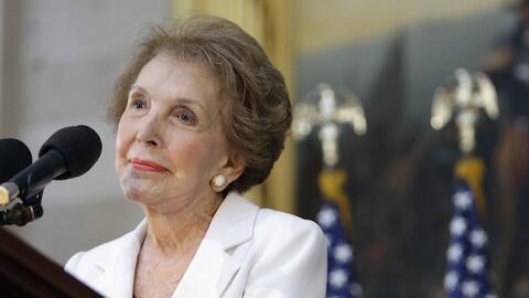 Nancy Reagan en una foto tomada el 3 de junio del 2009 en el Capitolio e...