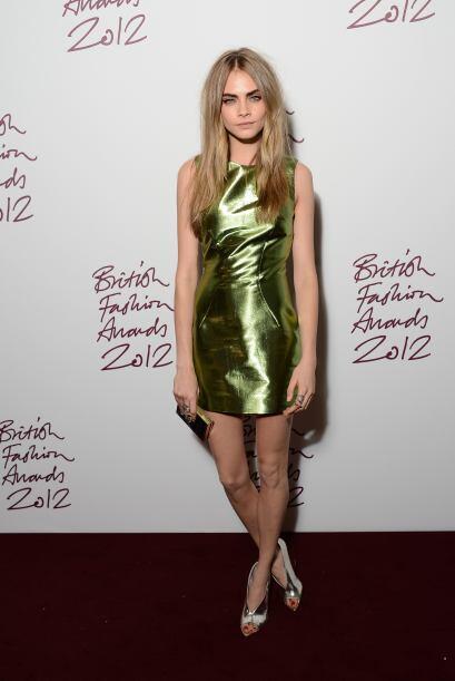La 'top model' del momento, Cara Delevingne, no estaría en la cim...