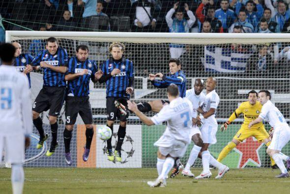 Incluso con tiros libres intentaron irse al frente ante un Inter sin ide...
