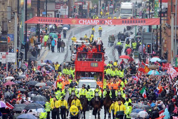 El Manchester United se olvidó por un momento de la derrota que sufrió e...