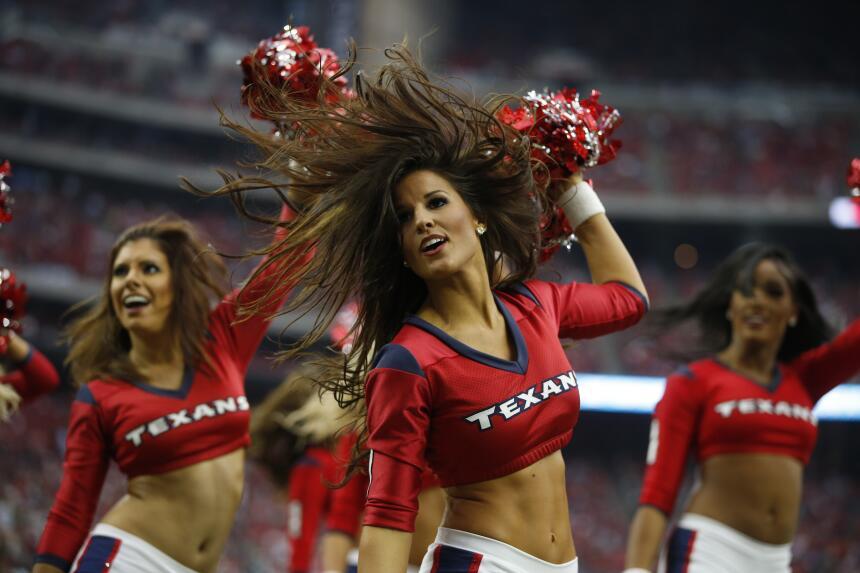 Cuatro años como porrista de los Houston Texans. Esta hermosura hará sus...