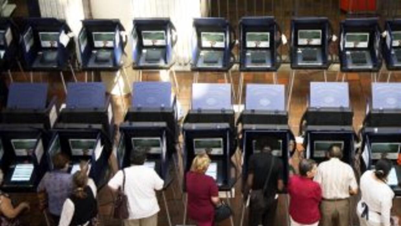 Activistas hispanos están preocupados por plan republicano de revisión d...