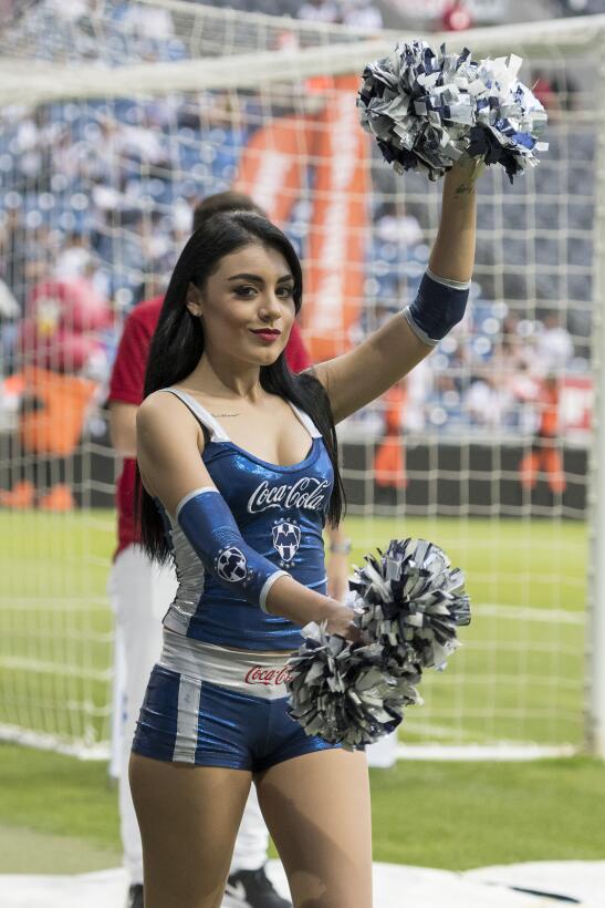 Se juega la jornada 11 del Clausura 2017 y la belleza en los estadios no...