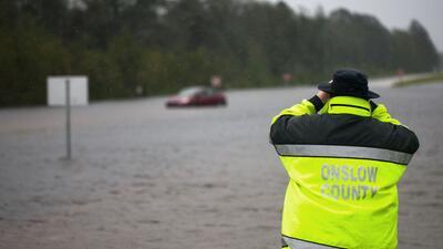 """Florence deja 14 muertos en las Carolinas, """"paredes de agua"""" e """"inundaciones épicas"""" que amenazan con empeorar"""