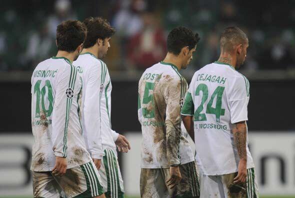 El Wolfsburgo vio como se desvanecía el sueño de avanzar. La presión pud...