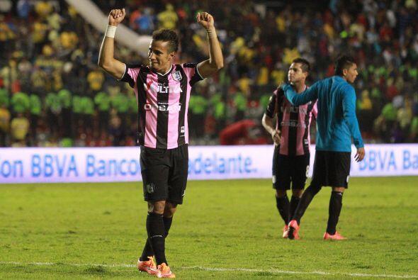 El delantero brasileño de los Gallos del Querétaro ha tomado el liderato...