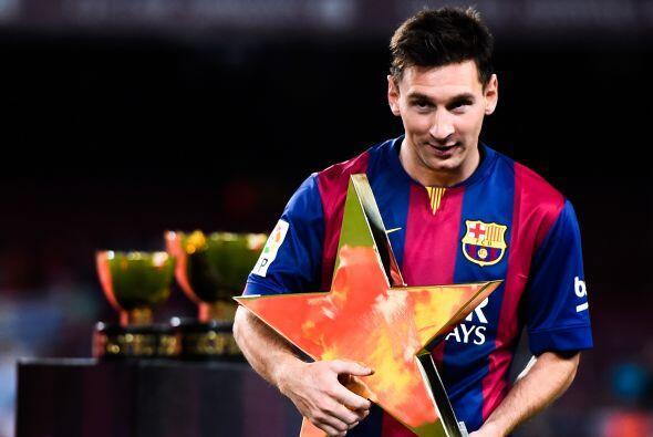 Lionel Messi recibió el premio como el mejor jugador del partido.