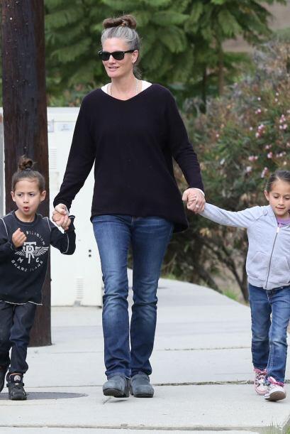 Una mamita, que desafortunadamente está divorciada es Jennifer López, ma...