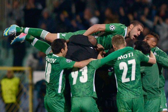 Ludogorets venció por 1-0 al Basilea con gol de Minev en el último minuto.